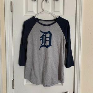 Detroit Tigers Baseball Tee - Size M (NWOT)